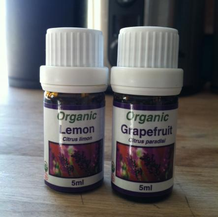 lemon and grapefruit essential oils can help your detox