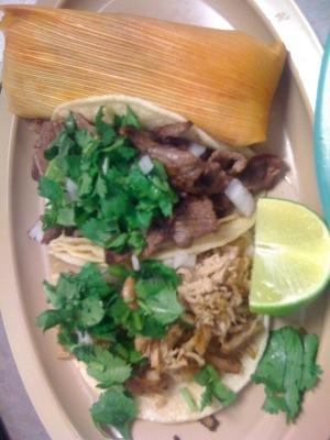 tacos y tamal