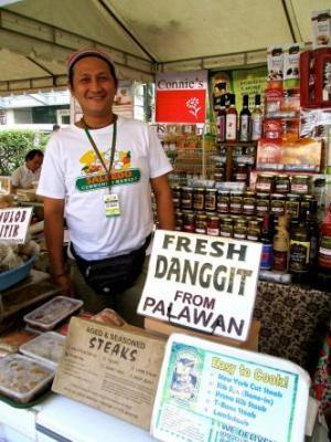 Alex Singzon at Salcedo Market